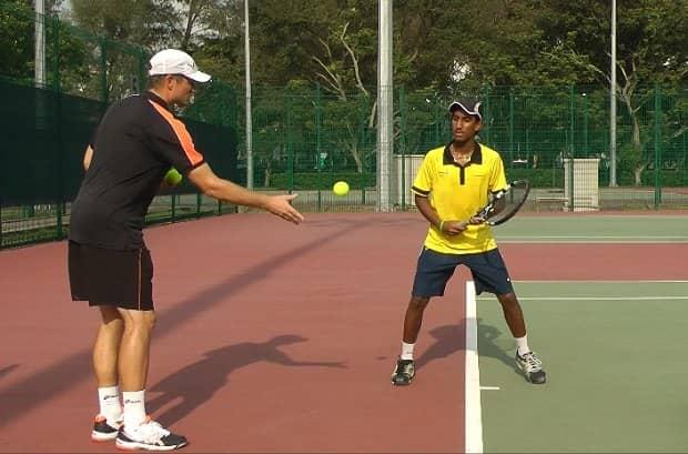 backhand tennis drill for beginners